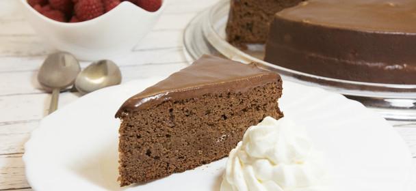 LCHF Sacher torta