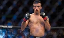 Thomas Almeida returns vs. Cory Sandhagen
